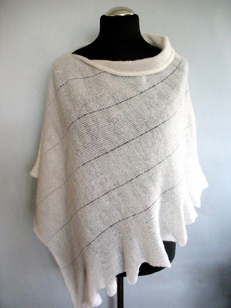 - Poncho Cape Kleidung Weiß Streifen Striped   - Poncho Cape Kleidung Weiß Streifen Striped