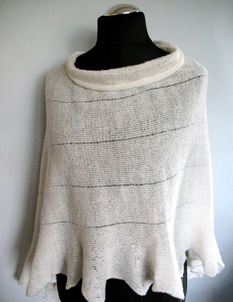 Kleinesbild - Poncho Cape Kleidung Weiß Streifen Striped