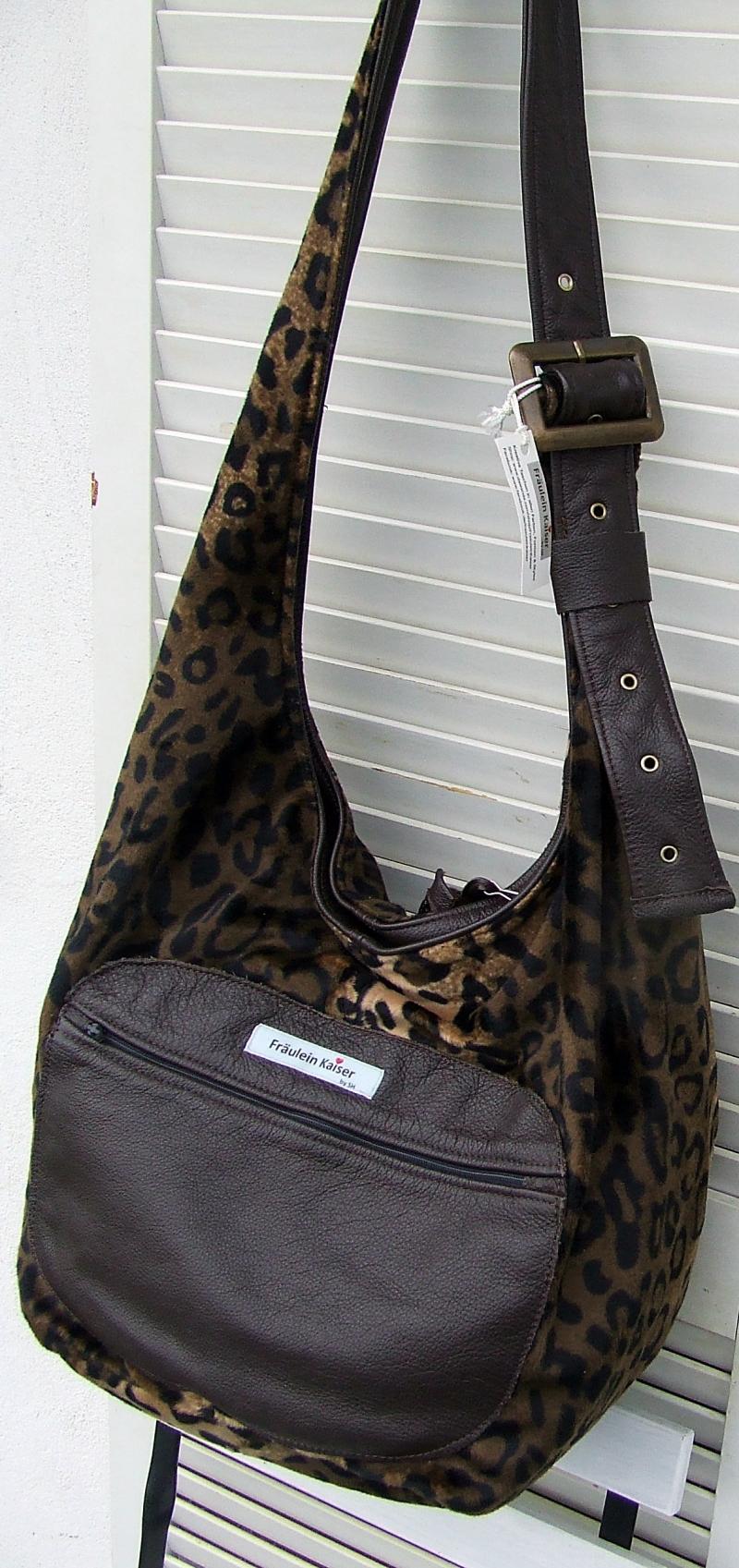 Kleinesbild - Tasche Beuteltasche in Felloptik ,animalprint im Leopardendesign, handgenähtl