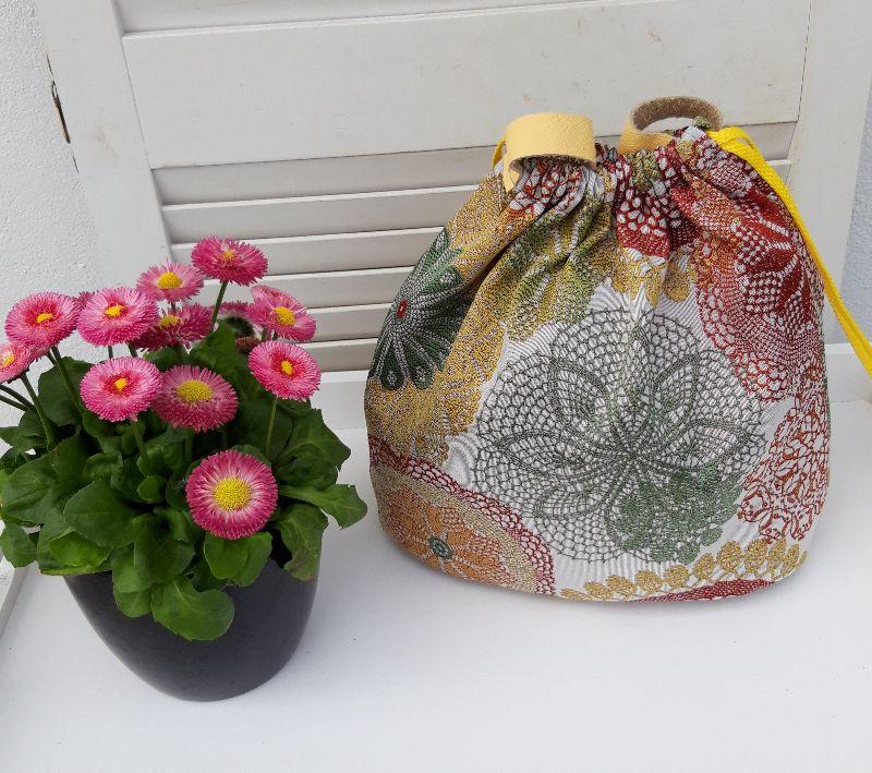 Kleinesbild - Innenbeutel für Leder Netztasche but mit Blumen