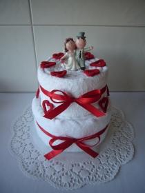 Hochzeitsgeschenk Herzen rot Handtuchtorte Brautpaar Geschenk Hochzeit - Handarbeit kaufen