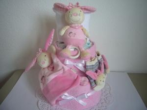 Windeltorte Mädchen Spieluhr Schmusetuch Rasselsöckchen rosa Taufe Geburt
