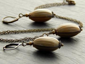 Schmuckset mit ausgefallenen braunen böhmischen Glasperlen - Brown Nut