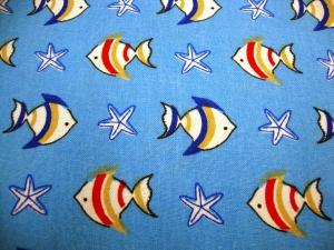 Kinderstoff FISCHE beige, rot, marine und Seestern weiß, blau auf hellblauen Baumwollstoff, 150cm Stoffbreite - Handarbeit kaufen