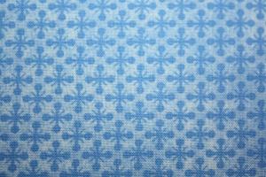 Baumwollstoff Stoff Patchworkstoff hellblau zartblau kleines Muster Rauten Kreuze