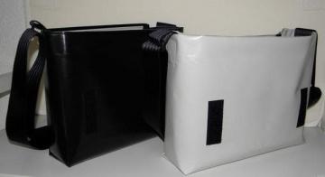 Basis-Tasche Dieda-quer L aus LKW-Plane, Tasche für Wechselklappen