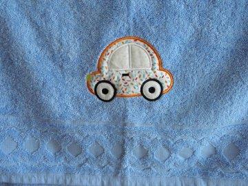Handtuch bestickt mit Auto-Applikation und Namen  - Handarbeit kaufen