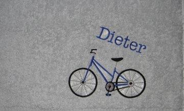 Duschtuch bestickt mit Namen und Fahrrad, personalisierbar, sportlich, Dieda - Handarbeit kaufen