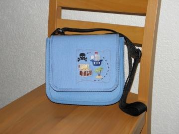 Kindertasche mit Schatzkarte aus Wollfilz für den Kindergarten, Kindergartentasche, handgemacht, bestickt - Handarbeit kaufen
