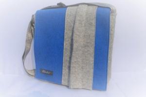 Filztasche, Tasche mit der Wechselklappe, Umhängetasche, wandelbar, aus Wollfilz, blau und grau, handgemacht von Dieda! kaufen - Handarbeit kaufen