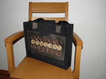 Tasche aus  Wollfilz mit Kaffeekapseln, Upcycling, Shopper, Schultertasche, genäht von Dieda