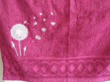 Handtuch, personalisiert, bestickt mit Pusteblume und Name, Frauen, Mädchen, Löwenzahn, Dieda - Handarbeit kaufen