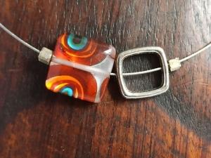 Halskette mit Lampwork-Quadrat orange-türkis - Handarbeit kaufen