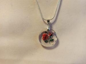 Halskette mit Glasanhänger ''Rosen'' dreidimensional - Handarbeit kaufen
