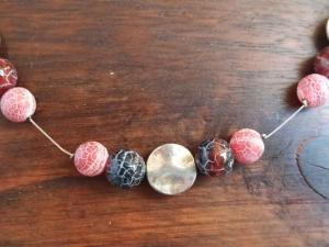 Halskette mit Weathering-Achat in rot-braun - Handarbeit kaufen