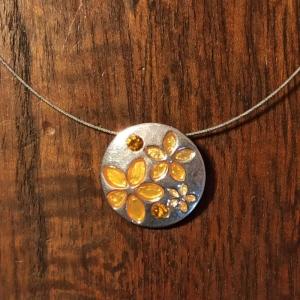 Halskette mit Anhänger Emaille orange - Handarbeit kaufen