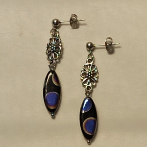 Ohrhänger mit böhm. Glasperlen-Navetten in schwarz-metallic - Handarbeit kaufen
