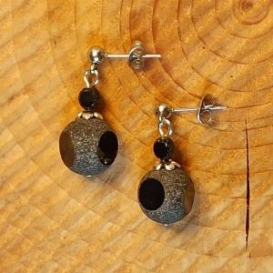 Ohrhänger Bullaugen-Perle schwarz - Handarbeit kaufen