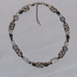 Halskette böhm. Glas-Rechtecke mit Metallic-Ornament - Handarbeit kaufen