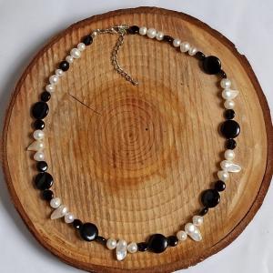 Halskette Biwa-Perlen und Onyx schwarz-weiß - Handarbeit kaufen