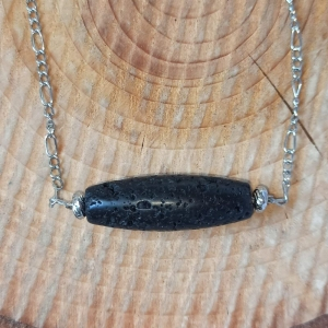 Halskette -zum Beduften- mit schwarzer Lava-Ellipse  - Handarbeit kaufen