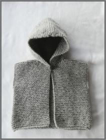 handgestrickte Baby-Weste mit Kapuze, Gr. 62/68
