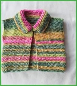 handgestrickte Baby-Weste mit Klappkragen, Gr. 62/68   - Handarbeit kaufen