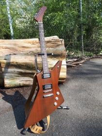 diese besondere E Gitarre ist eine Einzelanfertigung und ein Unikat