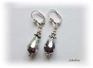 1 Paar silberfarbene Ohrhänger mit Glastropfen in silber - Ohrringe