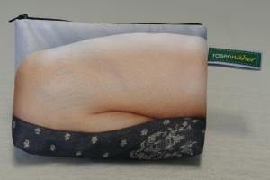 Universaltäschchen mit Innentaschen - Upcycling aus Werbebanner / Kopfkissen