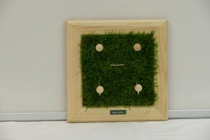 Schlüsselbrett - Rasen / Kindergarderobe / Aufhänger - Kunstrasen, Holz, Upcycling Aktenordnerbügel