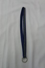 langes Schlüsselband, goldfarben bestickt - Upcycling Jeanshose