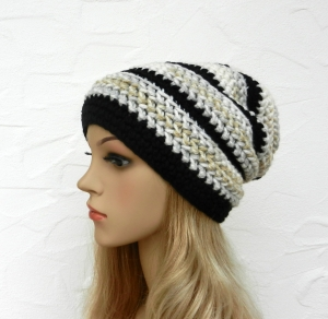 Beanie, Wintermütze in schwarz, grau, beige, wollweiß - Schurwolle Mix - weich - Handarbeit kaufen