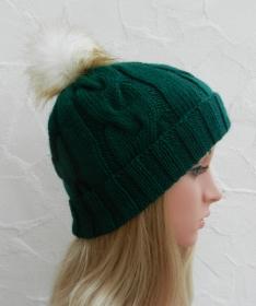 Mia ♥ Mütze, Wintermütze in tannen grün - 2 Tragevarianten - 100% Polyacryl - weich - Handarbeit kaufen