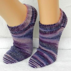 Sneakers Gr. 36-37 in violett, rosa und hellblau - Handarbeit kaufen