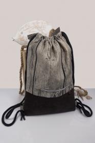 stilvoller Turnbeutel ♥ Rustic ♥ Holzoptik mit braunem MikroVelour-Kunstleder und kostenlosem Versand  - Handarbeit kaufen