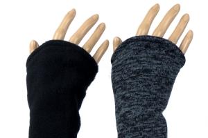 Armstulpen zum Wenden in dunkelgrau/schwarz aus Strick und Fleece für Erwachsene - Versand kostenlos innerhalb DE - Handarbeit kaufen