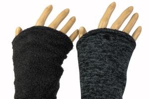 Armstulpen zum Wenden in dunkelgrau/grau aus Strick und Fleece für Erwachsene  - Handarbeit kaufen
