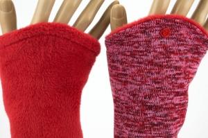 Armstulpen zum Wenden in Rottönen für Erwachsene ☆ Armstulpen mit Wellness-Fleece  - Handarbeit kaufen