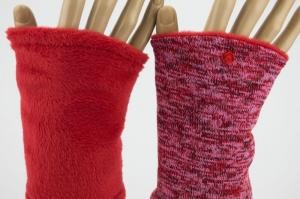 Pulswärmer zum Wenden in Rottönen für Erwachsene ☆ kurze Armstulpen mit Polarfleece  - Handarbeit kaufen