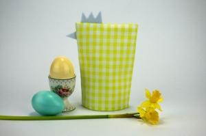 Eierwärmer HENNE ♡ grün-weiß-karierte Baumwolle ♡ auch eine tolle Dekoration ♡ nicht nur für Ostern - Handarbeit kaufen