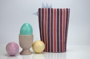 Eierwärmer HENNE ♡ gestreifte Baumwolle in Pastelltönen ♡ auch eine tolle Dekoration ♡ nicht nur für Ostern - Handarbeit kaufen