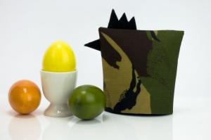Eierwärmer GEFREITER ★ Schwarz ★ Camouflage Flecktarn ♡ auch eine tolle Dekoration ♡ nicht nur für Ostern - Handarbeit kaufen