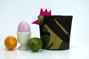 Eierwärmer FRAU GEFREITER ★ Pink ★ Camouflage Flecktarn ♡ auch eine tolle Dekoration ♡ nicht nur für Ostern - Handarbeit kaufen