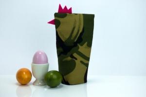 Eierwärmer FRAU GENERAL ★ Pink ★ Camouflage Flecktarn ♡ auch eine tolle Dekoration ♡ nicht nur für Ostern - Handarbeit kaufen