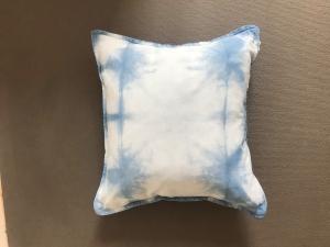 Sofakissen 50x50cm aus Baumwolle, handgefärbt mit natürlichem Indigo im Shiboristyle (Kopie id: 100186477)