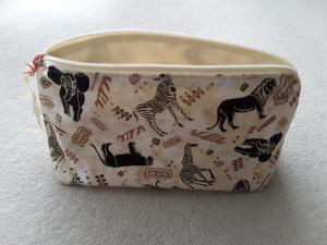 Kulturbeutel / Kosmetiktasche wilde TiereD - Handarbeit kaufen