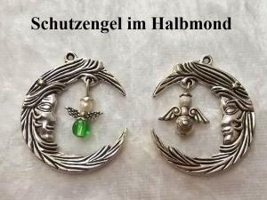 Halbmond Kettenanhänger mit Schutzengel Farbe frei wählbar Individuelle Wunsch-Anfertigung  - Handarbeit kaufen