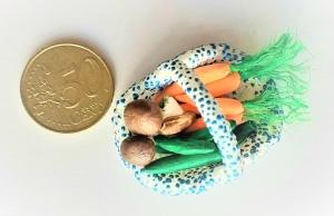 Elfenwelt, Korb mit Gemüse, Miniatur, auch Kaufmannsladen oder Puppenstube - Handarbeit kaufen