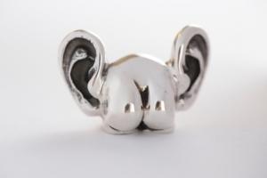 Arsch mit Ohren massiv aus Silber gefertigt